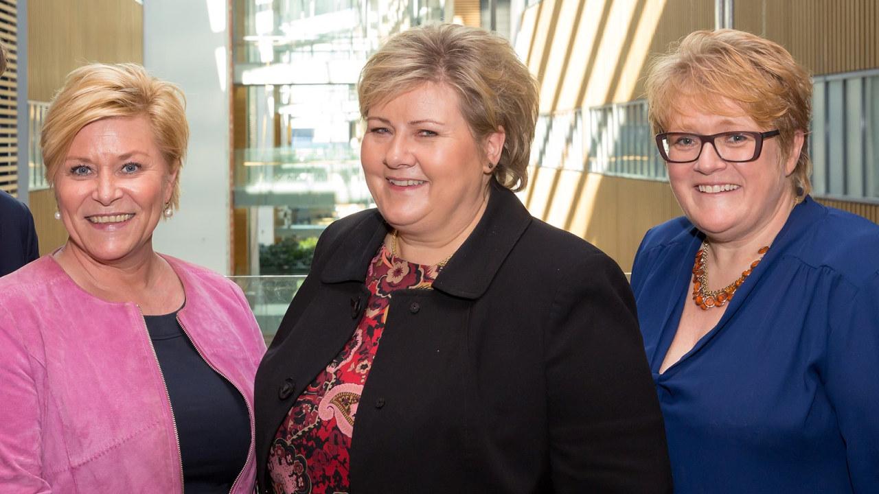 Bilde av Siv Jensen, Erna Solberg og Trine Skei Grande