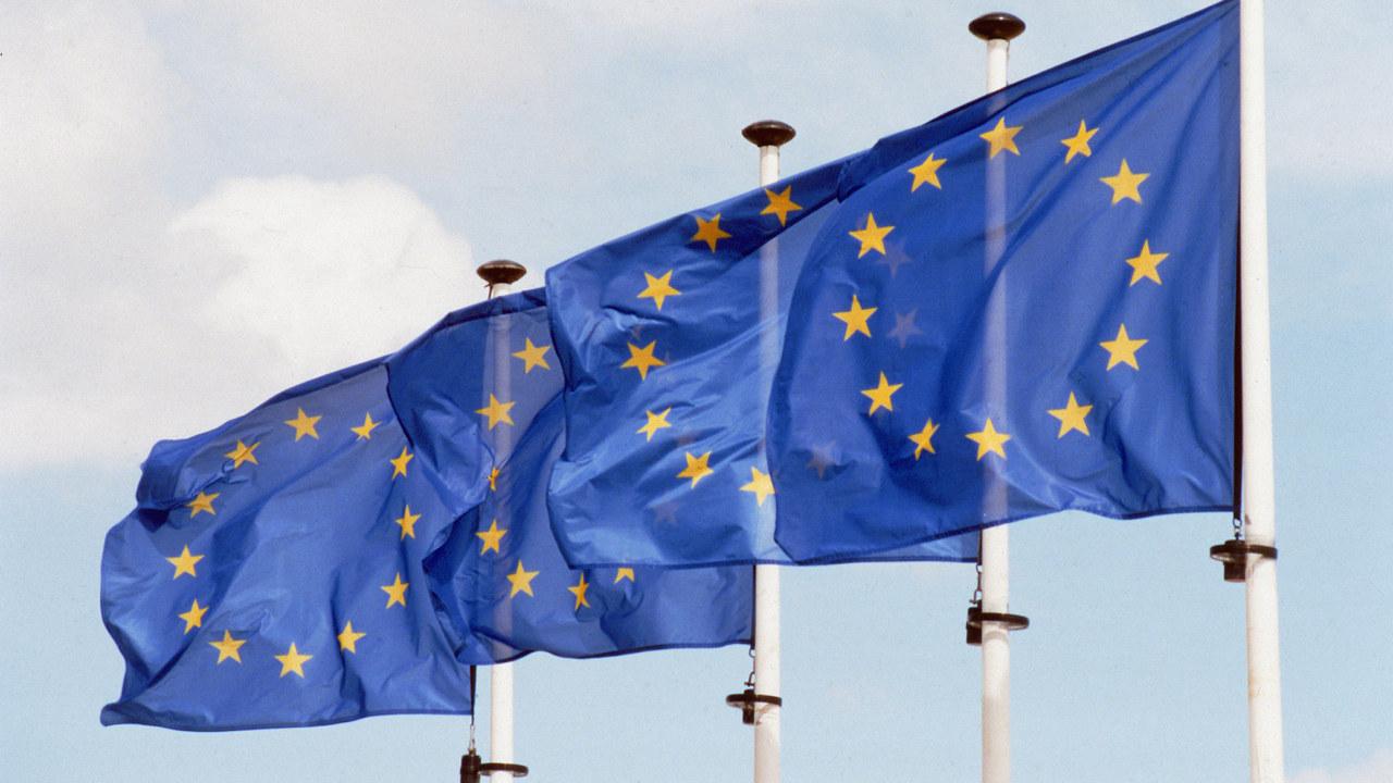 Blafrende flagg EU. Foto