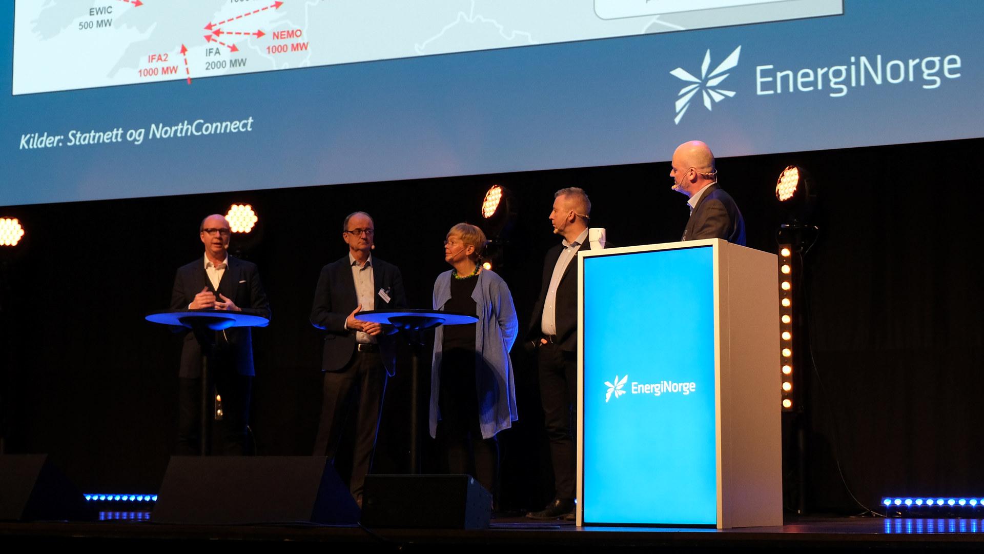 Vinterkonferansen 2019 i Malmø - Dag 3. Paneldebatt.  Eimund Nygaard, konsernsjef i Lyse og styreleder i Energi Norge Frode Alfheim, forbundsleder i Industri Energi Hege Liadal (Ap), medlem av Stortingets energi- og miljøkomité Ketil Kjenseth (V), leder av Stortingets energi- og miljøkomité