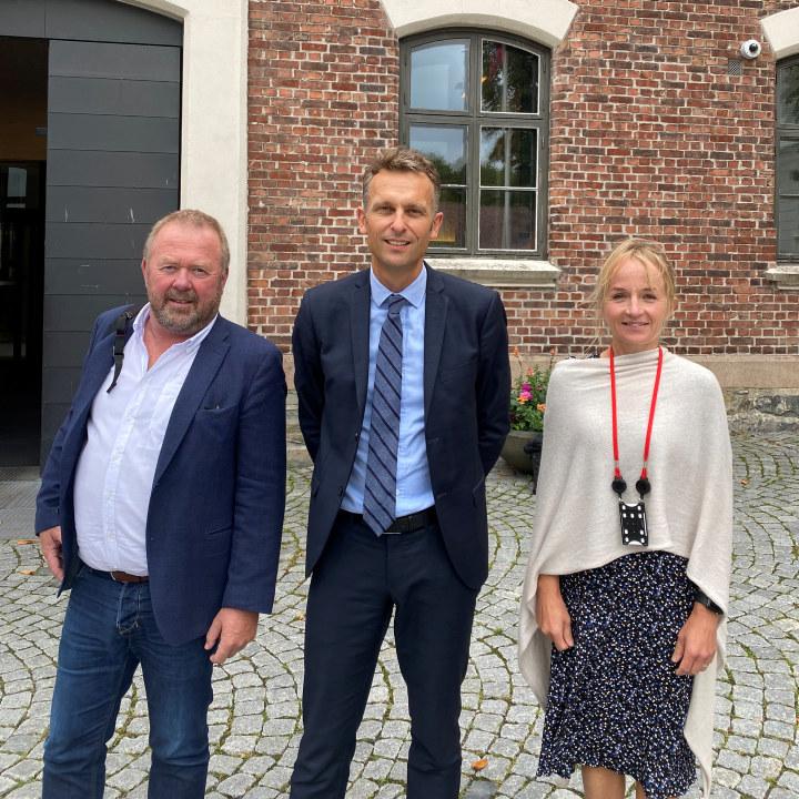 Jannicke Hilland, Knut Kroepelien, Jan Olav Andersen