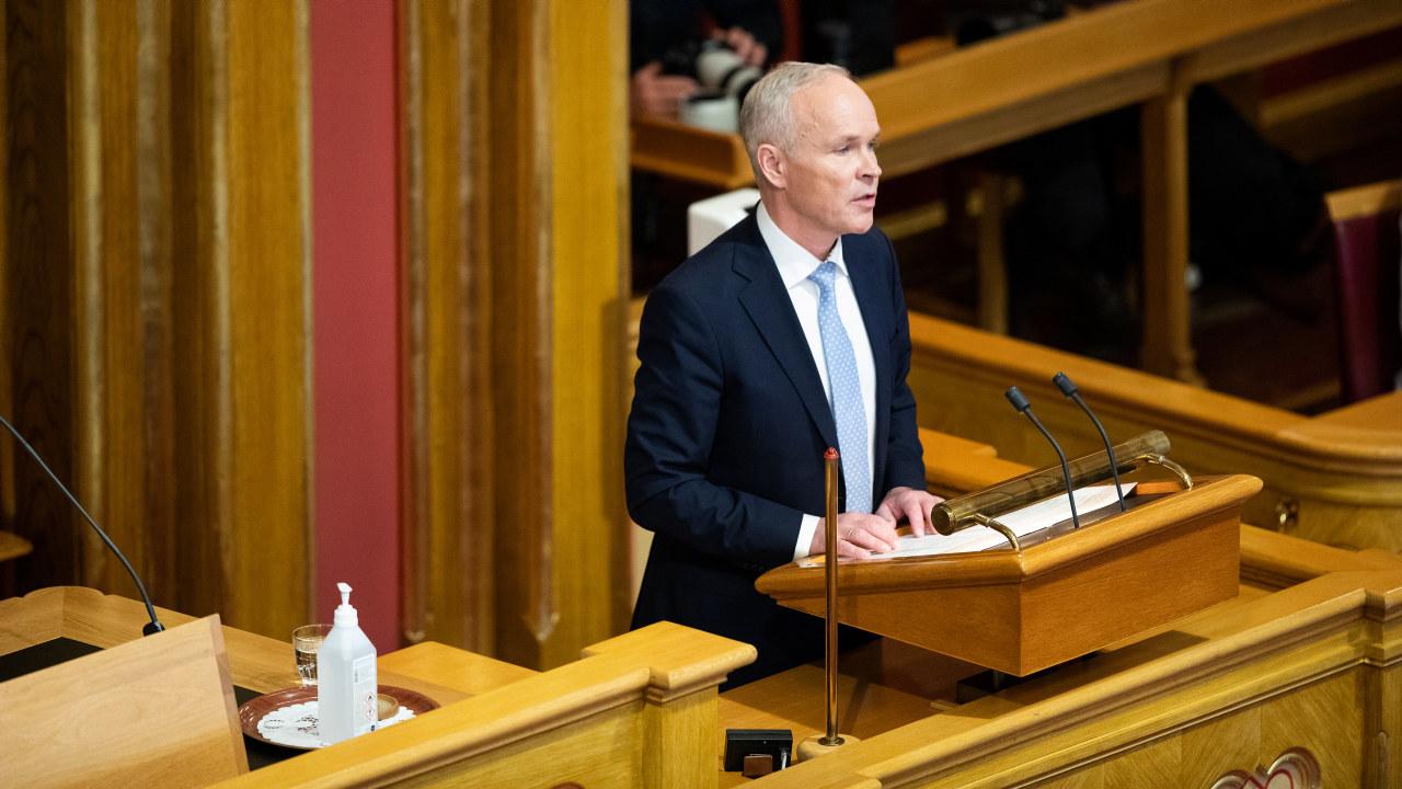 Foto: Finansminister Jan Tore Sanner (H) legger frem regjeringens forslag til statsbudsjett for 2021.