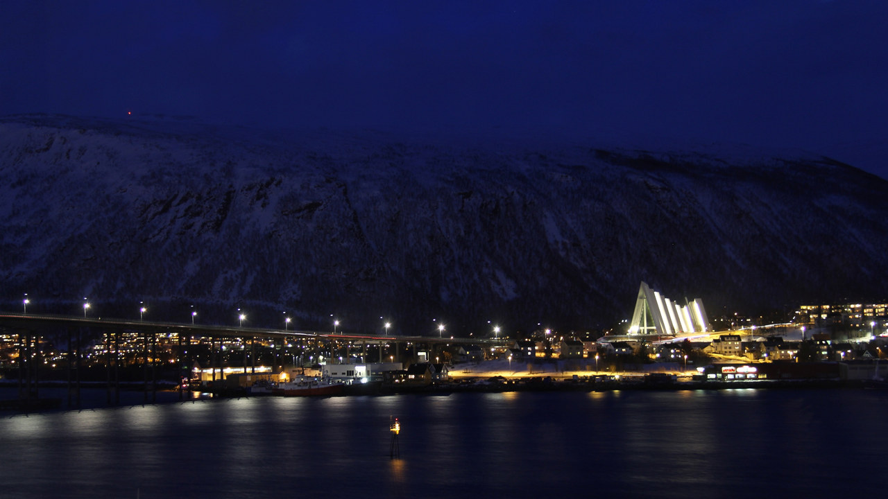 Foto: Tromsø opplyst om natten