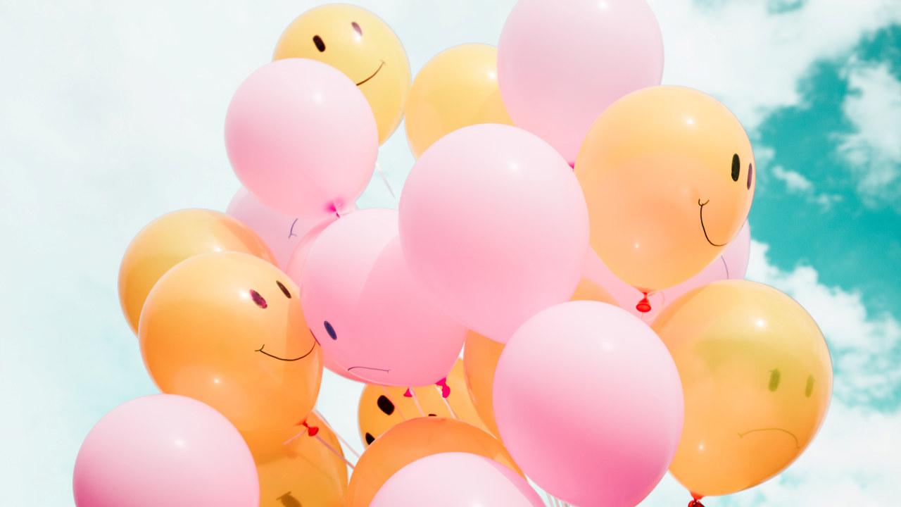 Foto: Ballonger med smilefjes.